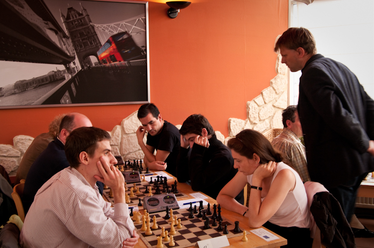 Edit Kollo (bottom right) also won her game with Black