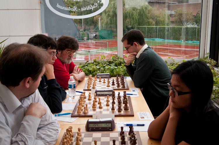 Georgi Tomov (top right) and Matija Suskovic (bottom left) playing for Europchess